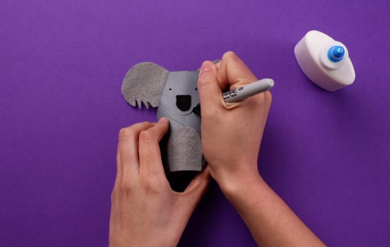 Create your own Kenny the Koala using a Cushelle toilet roll
