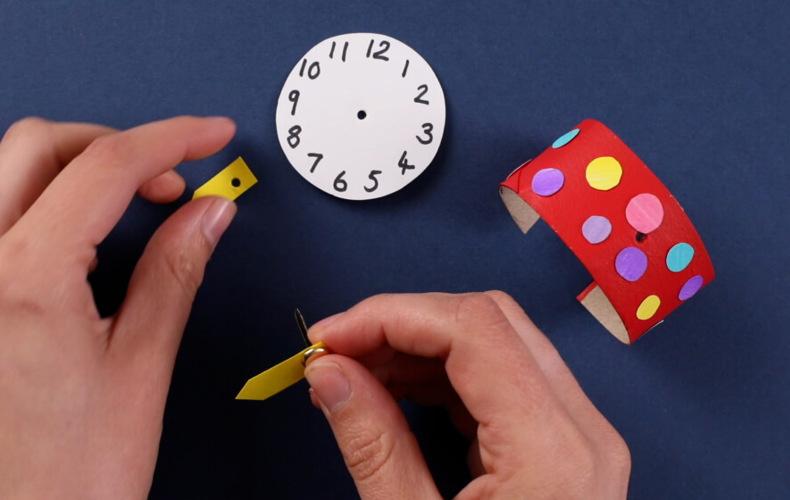 Create your own cardboard watch